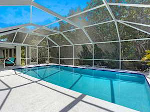 1117 Captains Walk St Sanibel, FL 33957