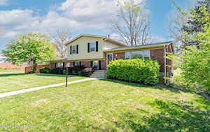 6901 Fernview Rd Louisville, KY 40291