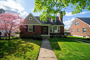 3506 Hycliffe Ave Louisville, KY 40207