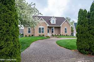 10305 Old Altar Ct Louisville, KY 40291