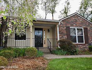 8601 Birch Ct Louisville, KY 40242