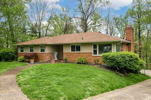 5106 Maryview Dr Louisville, KY 40216