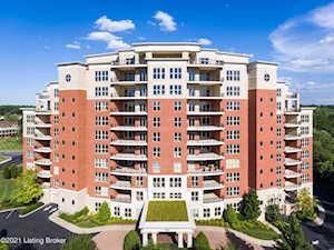 6600 Seminary Woods Pl #507 Louisville, KY 40241