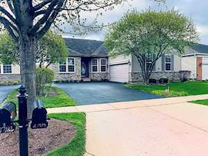 2705 Wessex Dr West Dundee, IL 60118