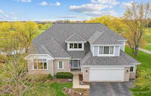 610 Long Cove Dr Lake In The Hills, IL 60156