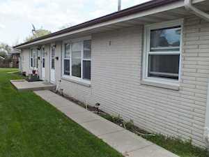 557 E Division St Lockport, IL 60441
