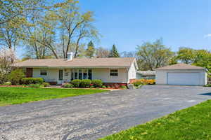 1958 E Elmwood Circle Arlington Heights, IL 60004