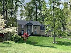 8009 Shenandoah Ln Lanesville, IN 47136