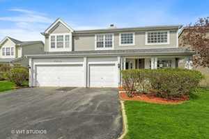 365 Satinwood Terrace #211-1 Buffalo Grove, IL 60089