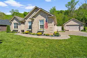 2667 Crescent Hill Dr NE Corydon, IN 47112