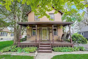 208 North St East Dundee, IL 60118