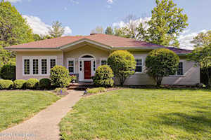 11106 Beech Rd Anchorage, KY 40223