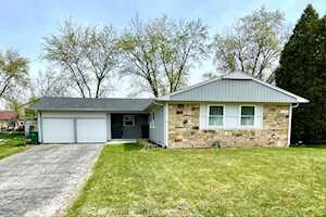 460 Castlewood Ln Buffalo Grove, IL 60089