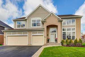 604 Sycamore St Vernon Hills, IL 60061