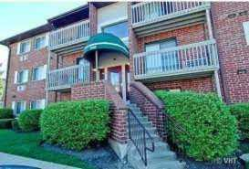 940 N Lakeside Dr #2D Vernon Hills, IL 60061