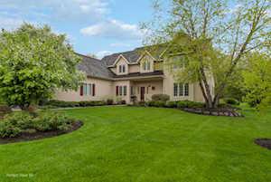 17820 W Pond Ridge Circle Gurnee, IL 60031