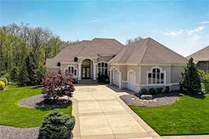 2817 Shadwell Place Greenwood, IN 46143