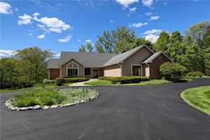 6716 Thoroughbred Dr Indianapolis, IN 46278