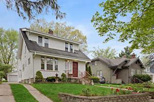 5426 Carpenter St Downers Grove, IL 60515