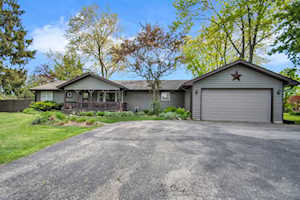 413 67th Ct Downers Grove, IL 60516
