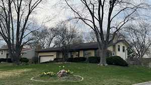 500 Bunning Dr Downers Grove, IL 60516