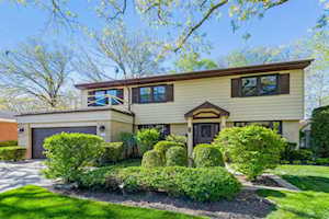 1700 Edgewood Rd Highland Park, IL 60035