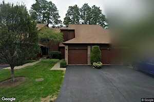 329 Shadow Bend Dr Wheeling, IL 60090