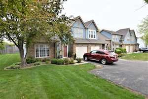3946 Newport Way Arlington Heights, IL 60004