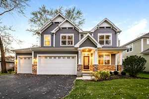 16004 Woodbine Dr Vernon Hills, IL 60061