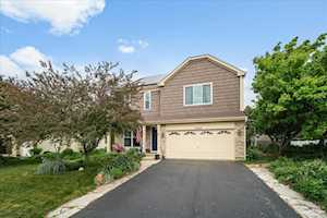 10740 Wing Pointe Dr Huntley, IL 60142