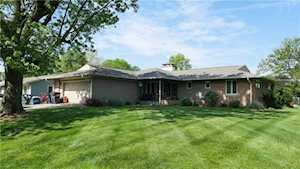 212 S 12th Ave Beech Grove, IN 46107