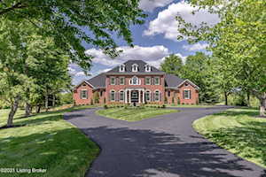 80 Hunters Pointe Ct Simpsonville, KY 40067