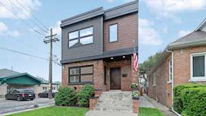 5615 W Eddy St Chicago, IL 60634