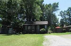 437 Miller Ave Clarksville, IN 47129