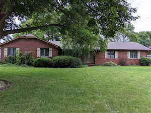 13 Songbird Ct Greenfield, IN 46140