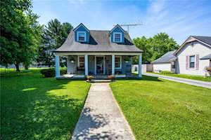 37 Meadow Dr New Palestine, IN 46163