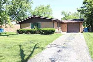 7242 E 50th St Lawrence , IN 46226