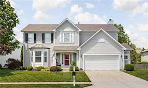 836 Country Walk Dr Brownsburg, IN 46112