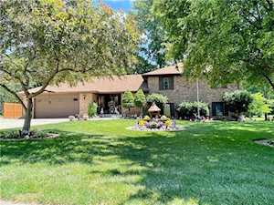 3817 Clubhouse Ct Greenwood, IN 46142