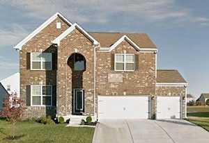 1583 Valdarno Dr Greenwood, IN 46143