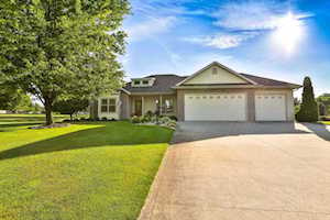 4077 E Oldfield Dr Leesburg, IN 46538
