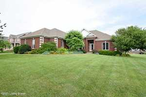 148 Andrew Pkwy Fisherville, KY 40023