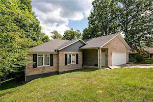 1137 Carriage Ln New Albany, IN 47150
