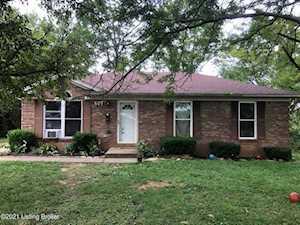 607 Colonial Ct La Grange, KY 40031
