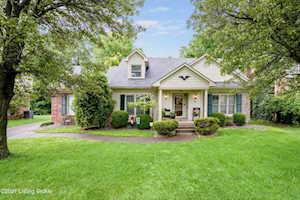 1118 Blackthorn Rd Louisville, KY 40299