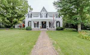 233 Rose Hill Ave Versailles, KY 40383