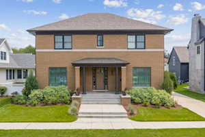 1028 Notre Dame Avenue South Bend, IN 46617