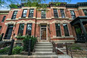 408 W Webster Ave Chicago, IL 60614