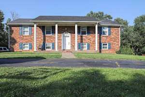 570 Valleybrook Dr Danville, KY 40422