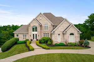 2703 Meadow Wood Ct Prospect, KY 40059